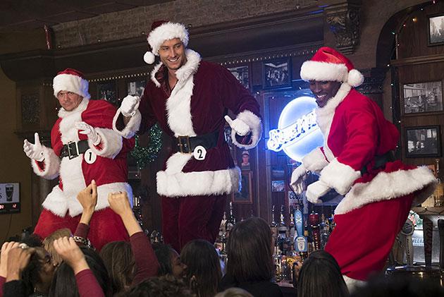 Bad Moms Christmas Movie Still 2