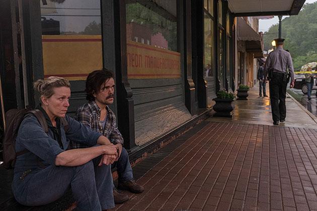Three Billboards Outside Ebbing Missouri Movie Still 2