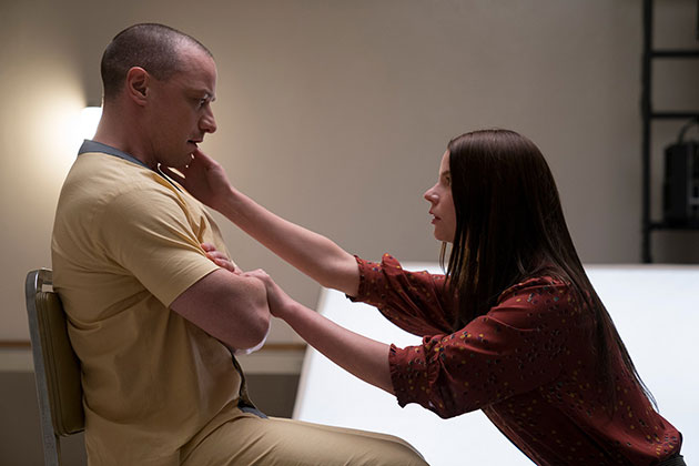 Glass Movie Still 2