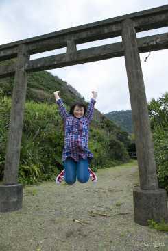 有良厳島神社鳥居ジャンプ写真