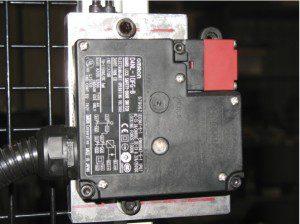 Interlock Device with Guard Locking