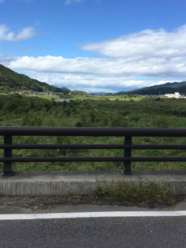 橋の上から。良いお天気です(東舘 女性)