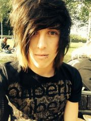 cool emo hairstyles guys