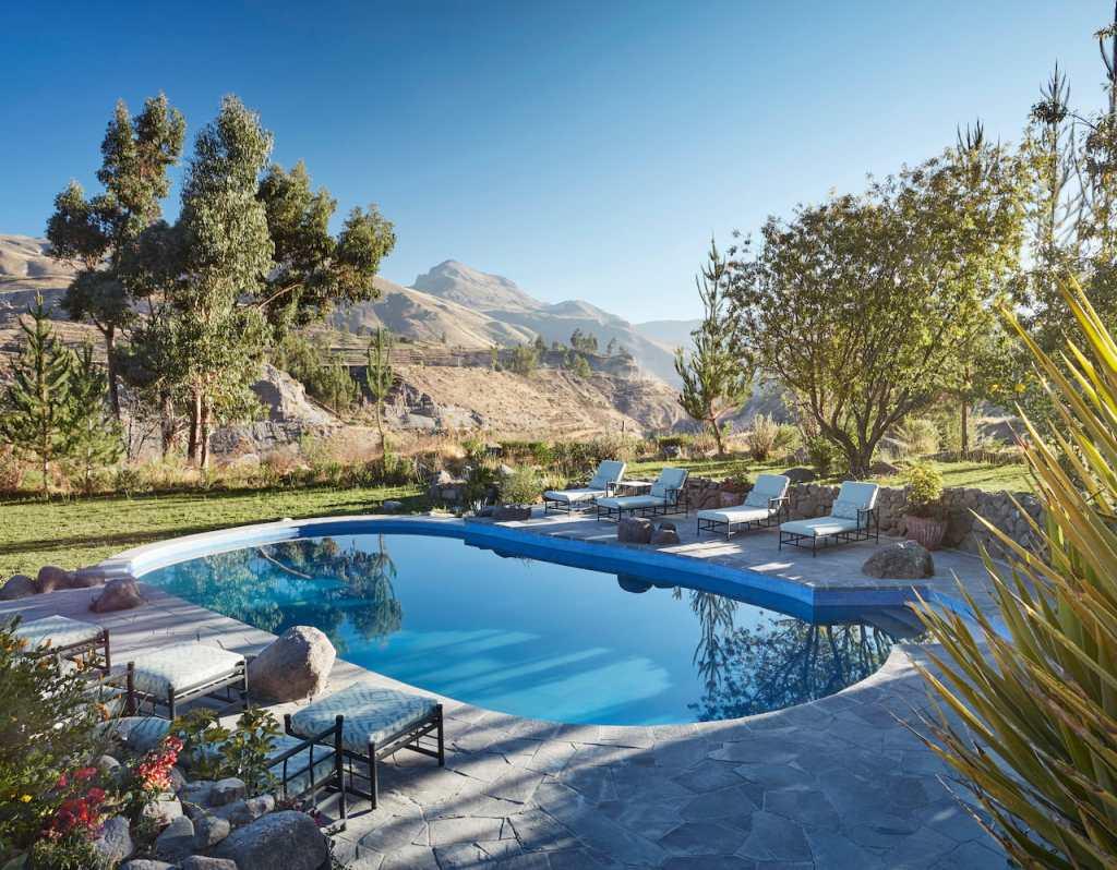 A linda piscina do Belmond Las Casitas, no Peru