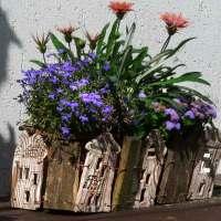 Häuserzeile Keramik-Altholz