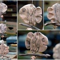 3 Fische auf Treibholz - Fensterhänger - Keramik