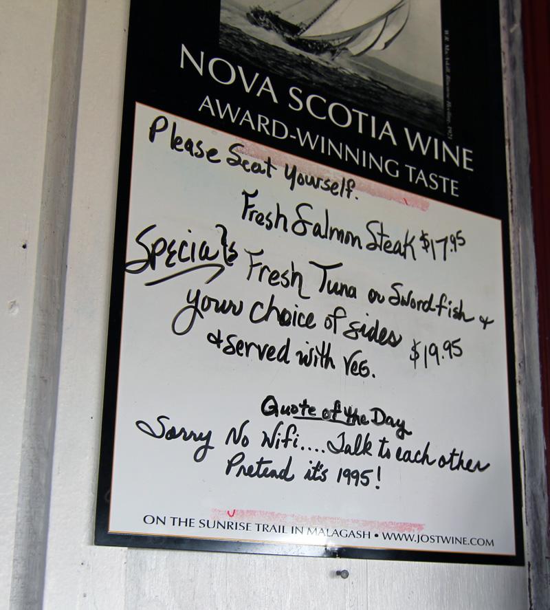 Chowder House, Seafood, Nova Scotia, Cabot Trail, Menu, Wifi
