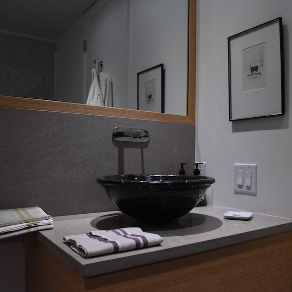 Bathroom sink Toronto MacKneson Design Inc