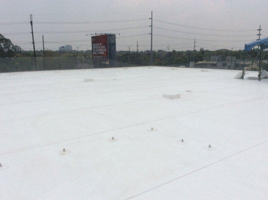 Sika Sarnafil installation at Kuysen Showroom roof deck