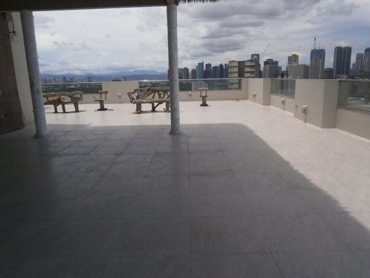 EMAR Penthouse Deck