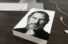 Livro da biografia autorizada de Steve Jobs