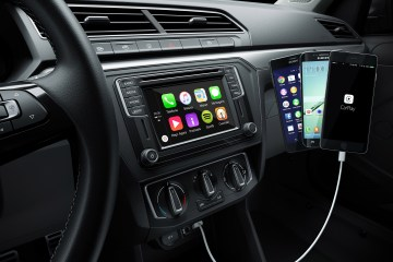 Painel do Volkswagen Gol 2017 com CarPlay