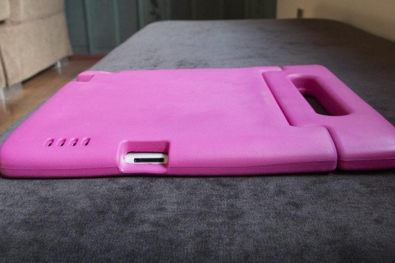 Capa infantil à prova de choques para iPads, da Tocros