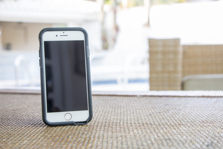 Capa Impacto Duo de dupla proteção para iPhones, da Intelimix