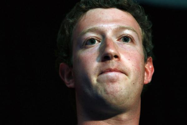 Mark Zuckerberg, CEO do Facebook, preocupado