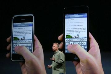 Phil Schiller apresentando o iPhone 5