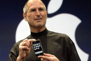 Steve Jobs apresentando o primeiro iPhone