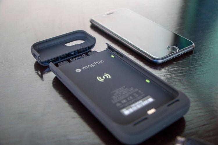 Capa recarregadora juice pack air para iPhones, da mophie