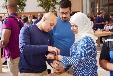 Inauguração da Apple Dubai Mall