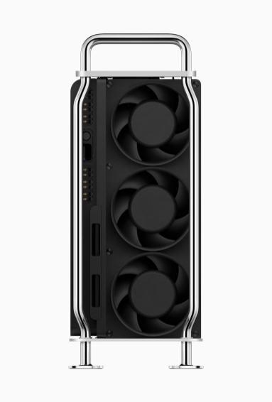 Traseira do novo Mac Pro com suas três ventoinhas