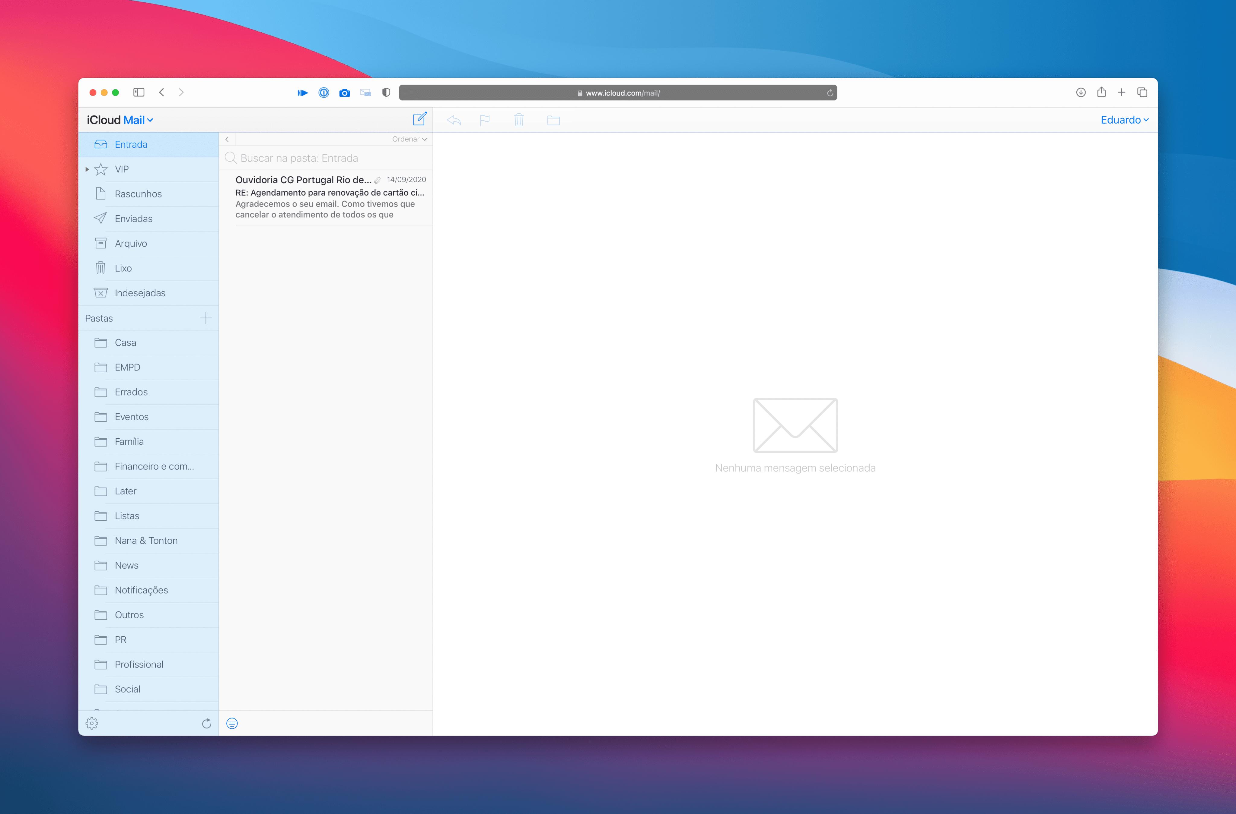 Visual antigo do iCloud Mail na Web