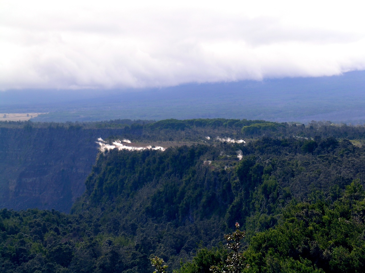 A Distant Shot of Steaming Bluff from the Volcano House (2)