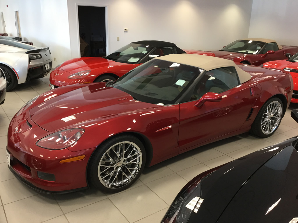 available 2013 corvette grand sport 427 convertible only 5 631 miles macmulkin corvette. Black Bedroom Furniture Sets. Home Design Ideas