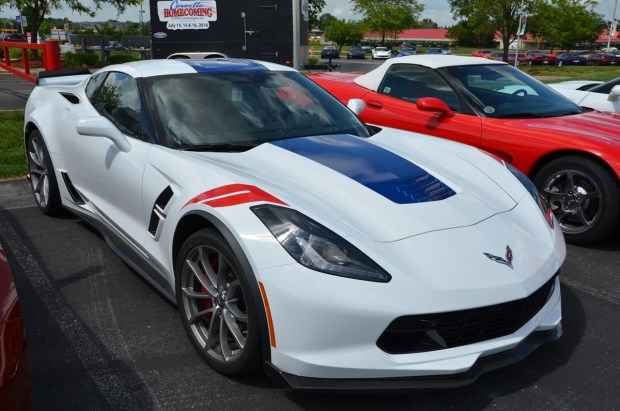 2017 Corvette Grand Sport Heritage Package in Arctic White