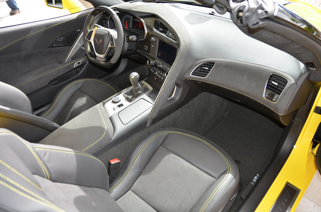 2018 Corvette Stingray Convertible 3LT