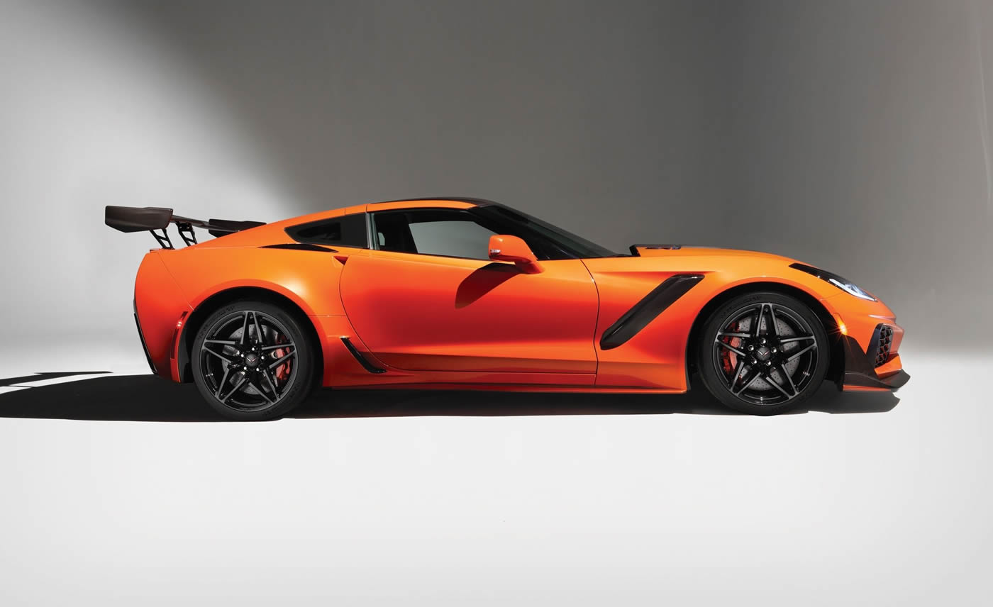 Corvette C8 2019 >> 2019 Corvette ZR1 Arrives Spring of 2018 - Press Release, Specifications and Photos - MacMulkin ...