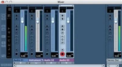 Mixer-Fenster in Cubase Essential 4