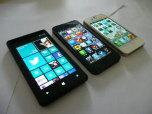 lumia820_iphone5_iphone4s