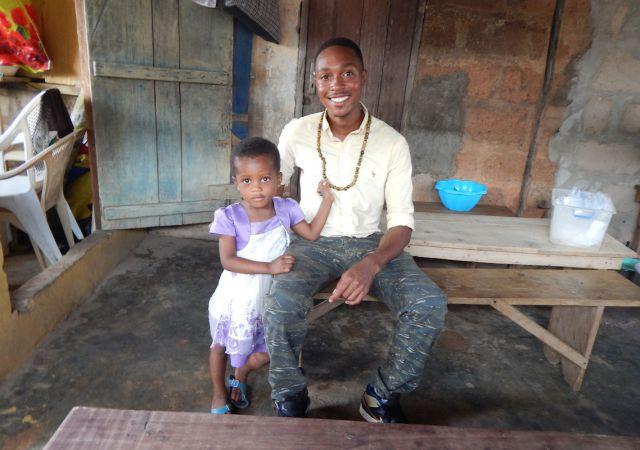 Kokayi Postell with child