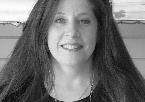 Lara Geller, Certified Knitting and Crochet Instructor