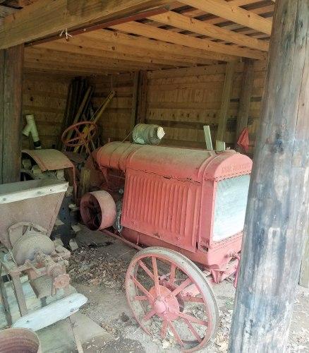 Rutland Middle FFA - Tractor original