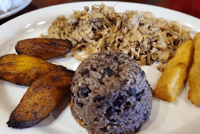 Lachon Asada - Cuban Island Cafe
