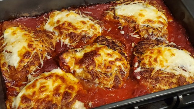 Finished chicken parmesan