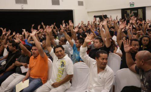 Los trabajadores del Hotel Secrets y la CROC aprueban por unanimidad la estrategia para defender sus derechos laborales.