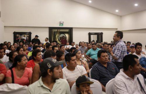 Martín de la Cruz explicó detalle a detalle cada uno de los derechos de los trabajadores y como los defenderán.