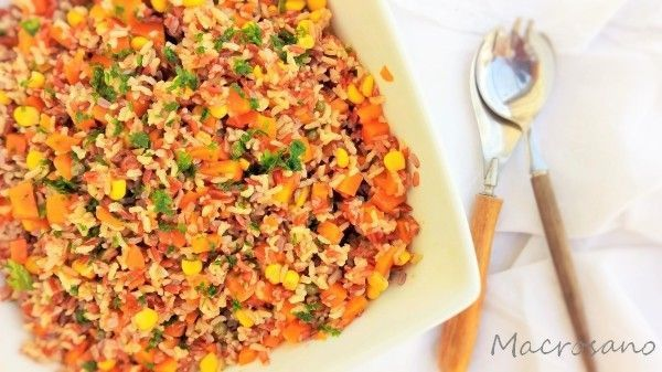 Ensalada de arroz bicolor