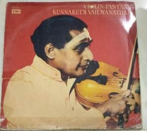 Instrumental Thavil by Valayapatti AR Subramaniam & Violin by Kunnakudi Vaidyanthan www.macsendisk.com 2