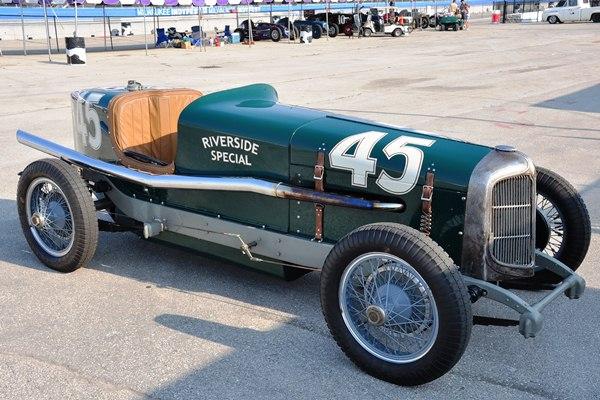 Eric Anderson 1932 Chrysler Riverside Special