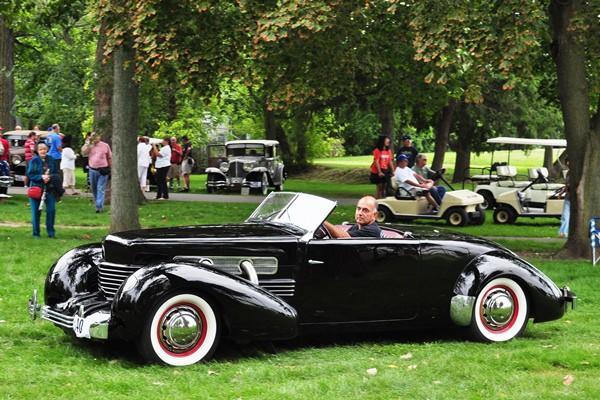 George Arakelian 1937 Cord 812 Cabriolet rolling
