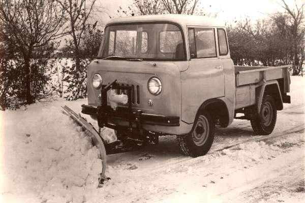 Willys FC snowplow