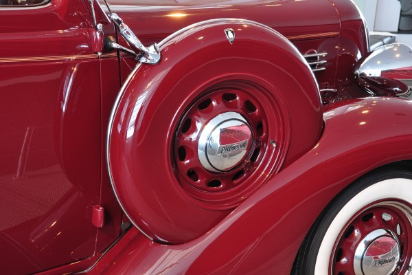 1935 Plymouth PJ fendermount spare
