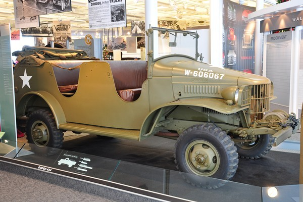 1940 Dodge military command car