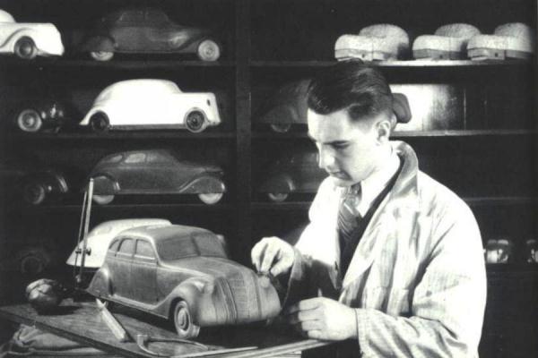 Chrysler Airflow clay model 1933