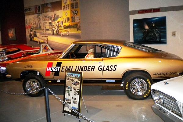 Hurst Hemi Under Glass wheelstander