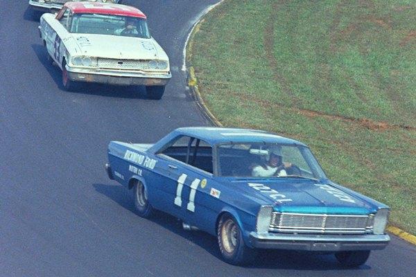 Ned Jarrett 11 1965 Ford Martinsville, VA