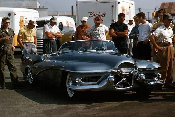 1951 Buick Lesabre concept car in pits